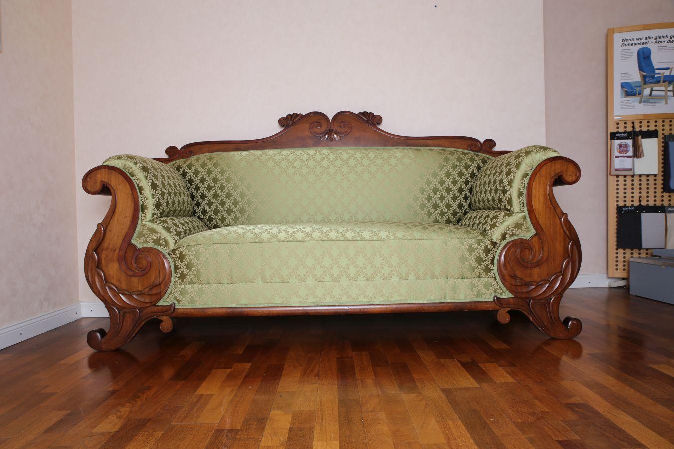 restaurieren von polsterm beln in bad neuenahr ahrweiler bei bonn. Black Bedroom Furniture Sets. Home Design Ideas
